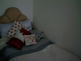 SINGLE ROOM TO RENT IN FRIENDLY SHARED HOUSE , FISHBOURNE, WEST SUSSEX