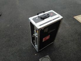 Black and aluminium flight case 65 x 45 x 16 cm