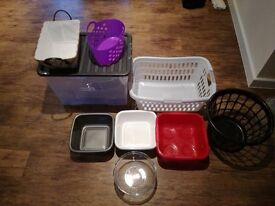 plastic storage - many pieces ranging in size