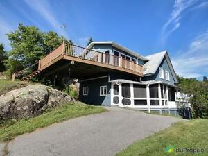 192 000$ - Maison 2 étages à vendre à Chicoutimi