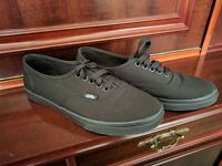 Women's Brand New Authentic Vans Lace Up Black Canvas Shoes Size 5