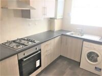 LARGE MODERN NEWLY REFURBISHED 1 BED FLAT WITH SEPARATE KITCHEN! £850PCM BILLS EXCLUDED!