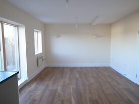 Newly built two bedroom two bathroom flat &terrace-unfurnished to let on Chingford mount road