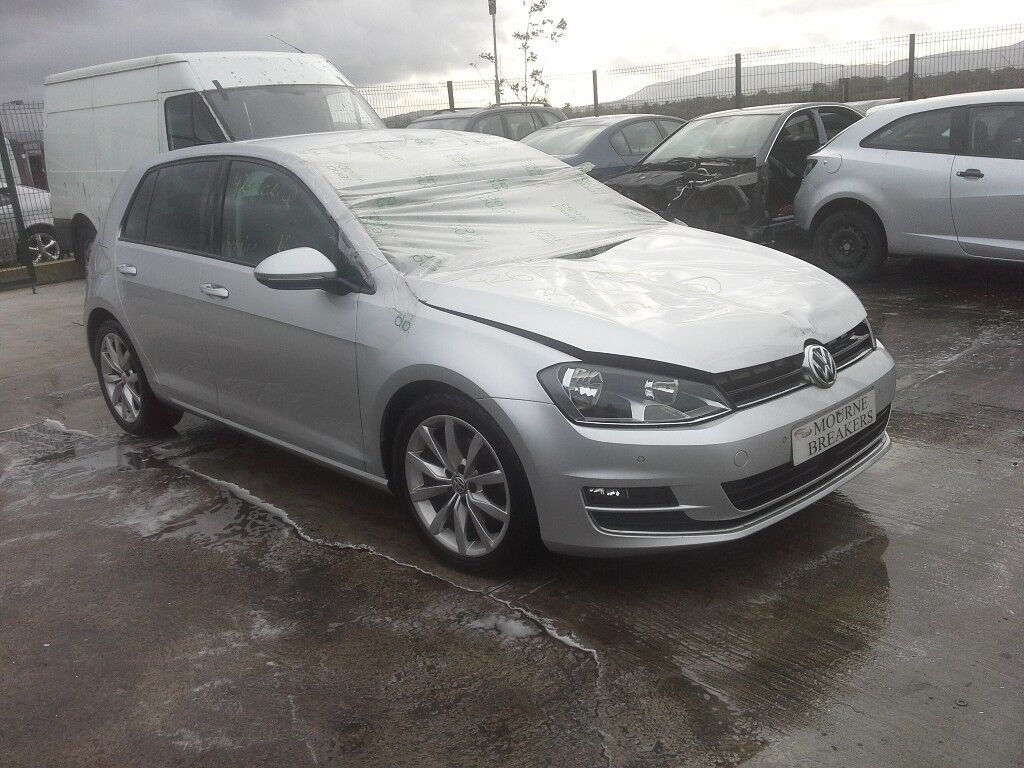 **FOR BREAKING** 2016 VW Volkswagen Golf GT Bluemotion 2.0 diesel.
