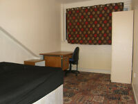 Single Room with Double Bed...£55..(NOT an Agency).