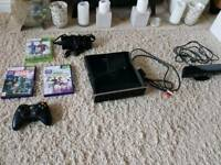Xbox 360 S Black 250 GB Console w/ Games & Kinect Model 1439