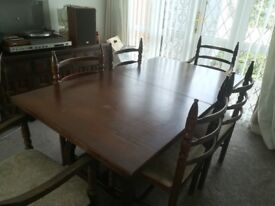 Vintage Extendable Dining Room and 6 Chairs plus Sideboard