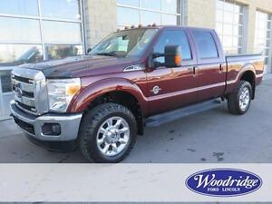 2015 Ford F-350 Lariat 6.7L V8, LEATHER, NAV, TOW