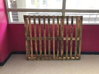 Wooden pallet good condition 120cm x 150cm