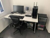 Office Desk / Gaming Desk THYGE from IKEA 160x80 cm *Near Perfect Condition*
