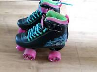 Girls roller skates size 1Uk