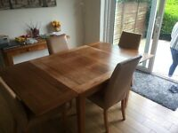 Oak Wooden Extending Dining Table and Chairs
