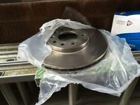 Combo brake discs and pads to fit 1.7 or 1.3