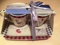 2 mug and tray set