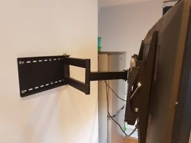 TV Cantilever Wall Bracket For Sale (supports 41 inch - 50 inch TVs)