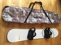 Snowboard 156cm, bindings and bag