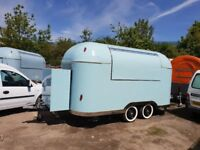 Mobile Catering Trailer Burger Van Ready For Collection 4000x2000x2300