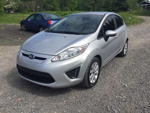 2013 Ford Fiesta SE *** BLUETOOTH ***