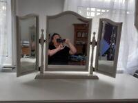 white shabby chic tri-fold dressing table mirror vgc