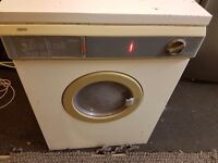 Zanissi dryer vented in fully working order. Full size. No issues whatsoever.Delivery Locally.