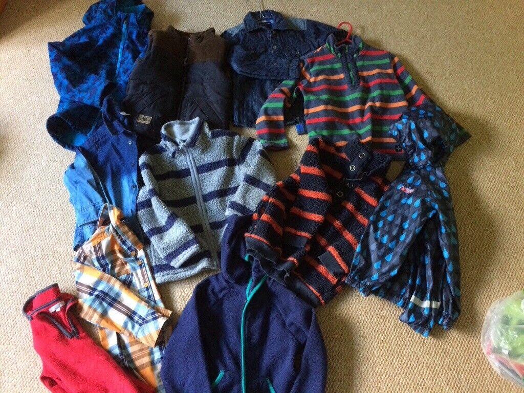 5-6 years excellent Winter bundle incl. gillet, soft shell coat, fleece, shirts