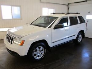 2010 Jeep Grand Cherokee Laredo/AWD/V6 3.7