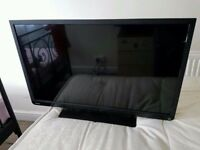 32 Toshiba LED TV/DVD Combi freeview built-in , 2xhdmi ports and 1x usb and scart input