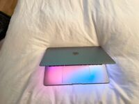 """MACBOOK PRO 2017 13"""" LAPTOP 2.5GHZ i7, 512GB SSD,16GB RAM,SPACE GREY, CYCLE COUNT 256,FULLY WORKING"""
