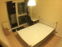 SW15 6AS-PUTNEY-LOVELY SPACIOUS DOUBLE ROOM (ALL BILLS INCLUSIVE) WITH BALCONY