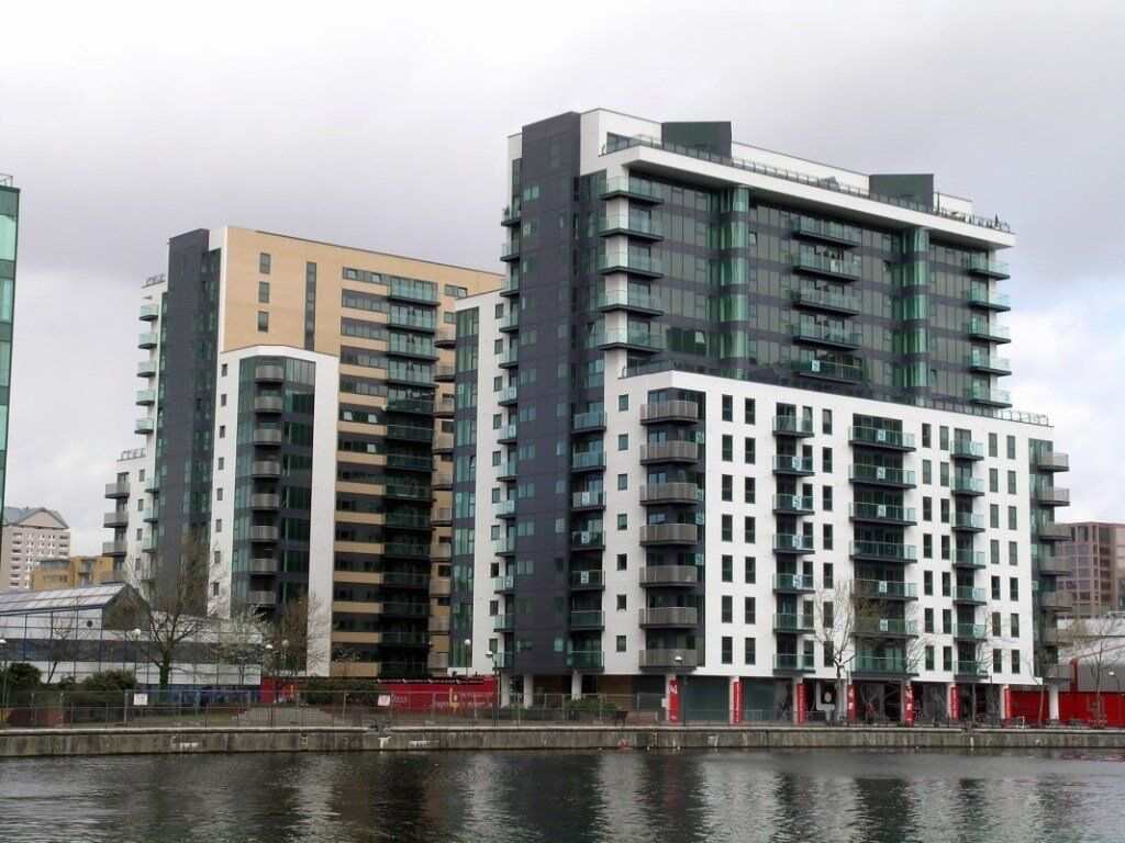 FURNISHED 2 BEDROOM APARTMENT MILLHARBOUR CANARY WHARF E14 AVAILABLE NOW! BALCONY CONCIERGE