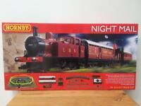 Hornby Night Mail 00 Gauge Train Set