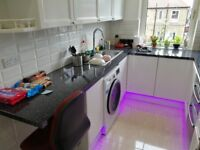 Room 3 (ensuite) & Room 4 ( Semi ensuite room) available in a newly refurbished modern flat,