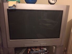 Sony Trinitron 26'' Flat Screen TV with Stand