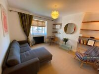 1 bedroom flat in Sutton Court Road, London, W4 (1 bed) (#1066382)