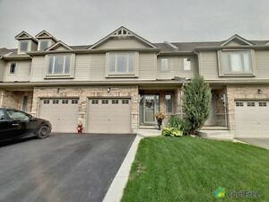 $459,900 - Townhouse for sale in Binbrook