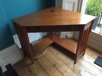 NEW, UNUSED.. Oak corner desk