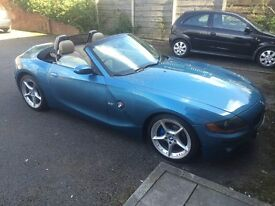 2003 03 BMW Z4 2.5 Manual Maldives blue metallic with the very rare BEIGE LEATHER Power hood FSH