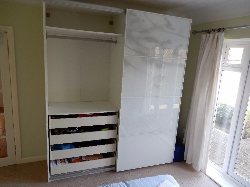 Materials ikea pax tonnes sliding doors white - Ikea Pax Tonnes 2 X Sliding Doors Plus Rails For Use With Pax