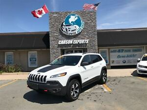 2016 Jeep Cherokee WOW TRAILHAWK WITH ONLY 50K! FINANCING AVAILA