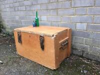 GENUINE VINTAGE WOODEN BOX TRUNK FREE DELIVERY 🇬🇧SIDE table