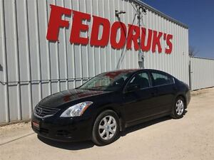 2010 Nissan Altima 2.5 S Package***DETAILED AND READY TO GO***