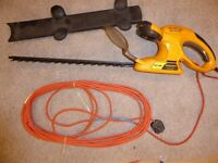 McCulloch HT42 Electric Hedge Trimmer