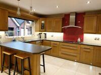 Solid Oak Wood shaker kitchen including appliances