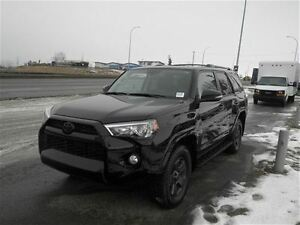 2015 Toyota 4Runner SR5 | Leather | Remote Start | Backup Cam