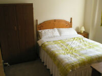 Room available with double bed and en suite