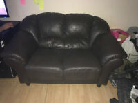 Selling leather sofa only had for a year great conditon!!!!