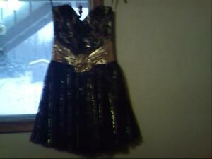 BABY DOLL PARTY DRESS SIZE 5-6  ONE OF A KIND