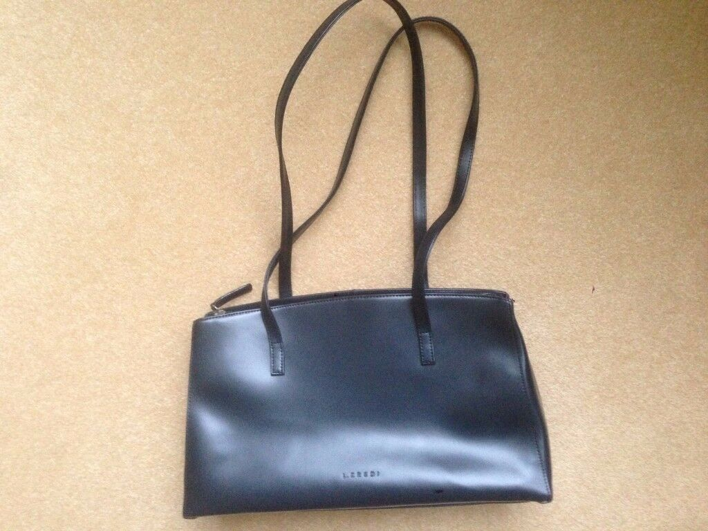 L Credi navy leather hand bag