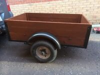 4'x2.5' trailer great for camping