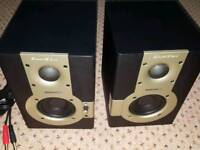PAIR OF SAMSON ACTIVE MONITOR SPEAKERS